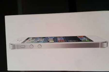 Apple iPhone 5 16GB White - Condition same like a New one buying from Store. - Trivandrum