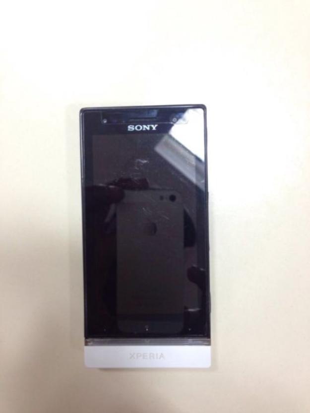 Sony XPERIA U 8 GB Black Smartphone with All accessories sale in Kayamkulam