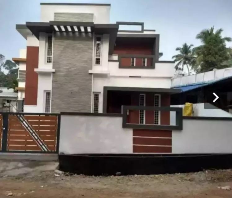 3 bhk posh house