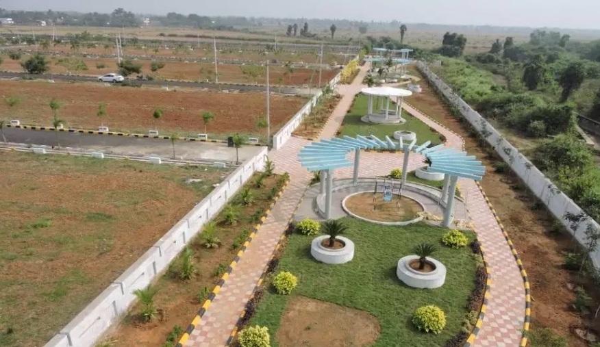 Sri Home Best Residential VUDA Plots at Denkada Highway Limited Plots