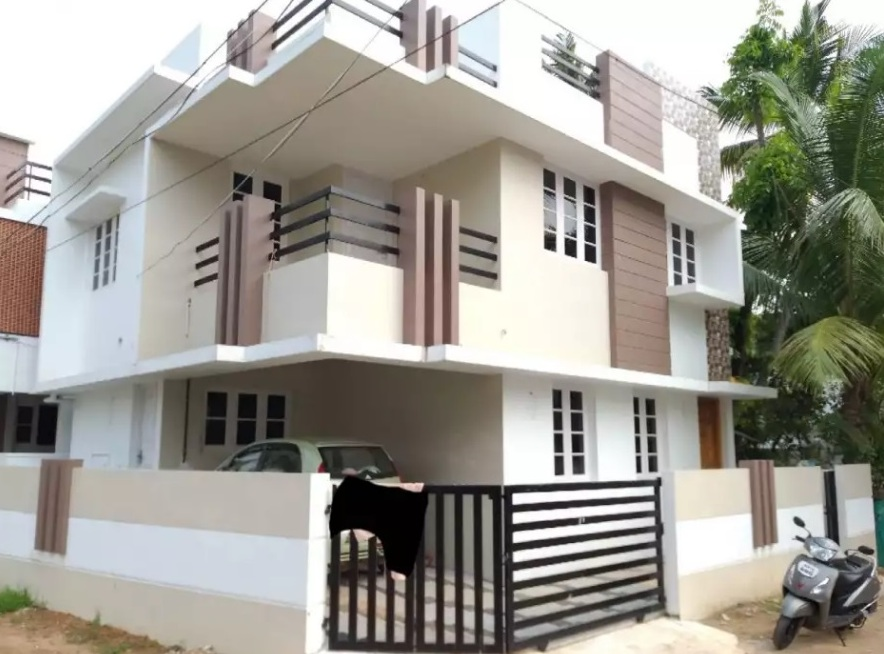 3 BHK Good House - Nettoor, Kochi