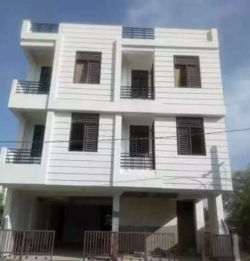 3 BHK semi furnished flats available for sale