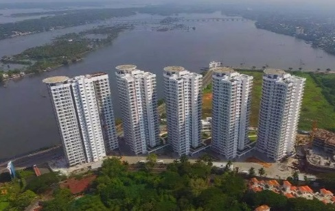 3 bedroom ready to occupy flat for sale at Marine Drive - Kochi
