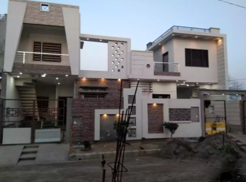 Luxurious 2 Bhk semi furnished residential house