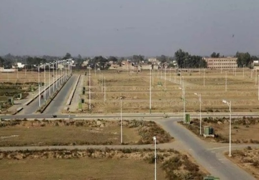 Plot for sale - Surajpur, Greater Noida