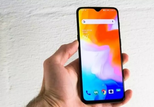 OnePlus 6T available with warranty and bill